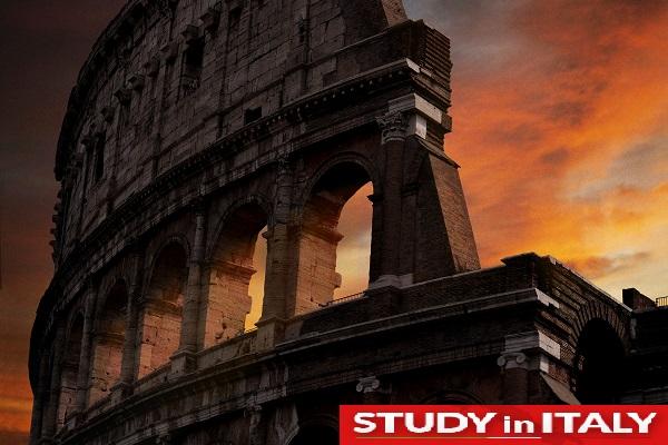 Студентско настаняване при образование в Италия