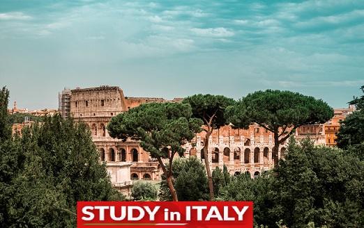 Студент в Италия vol.1